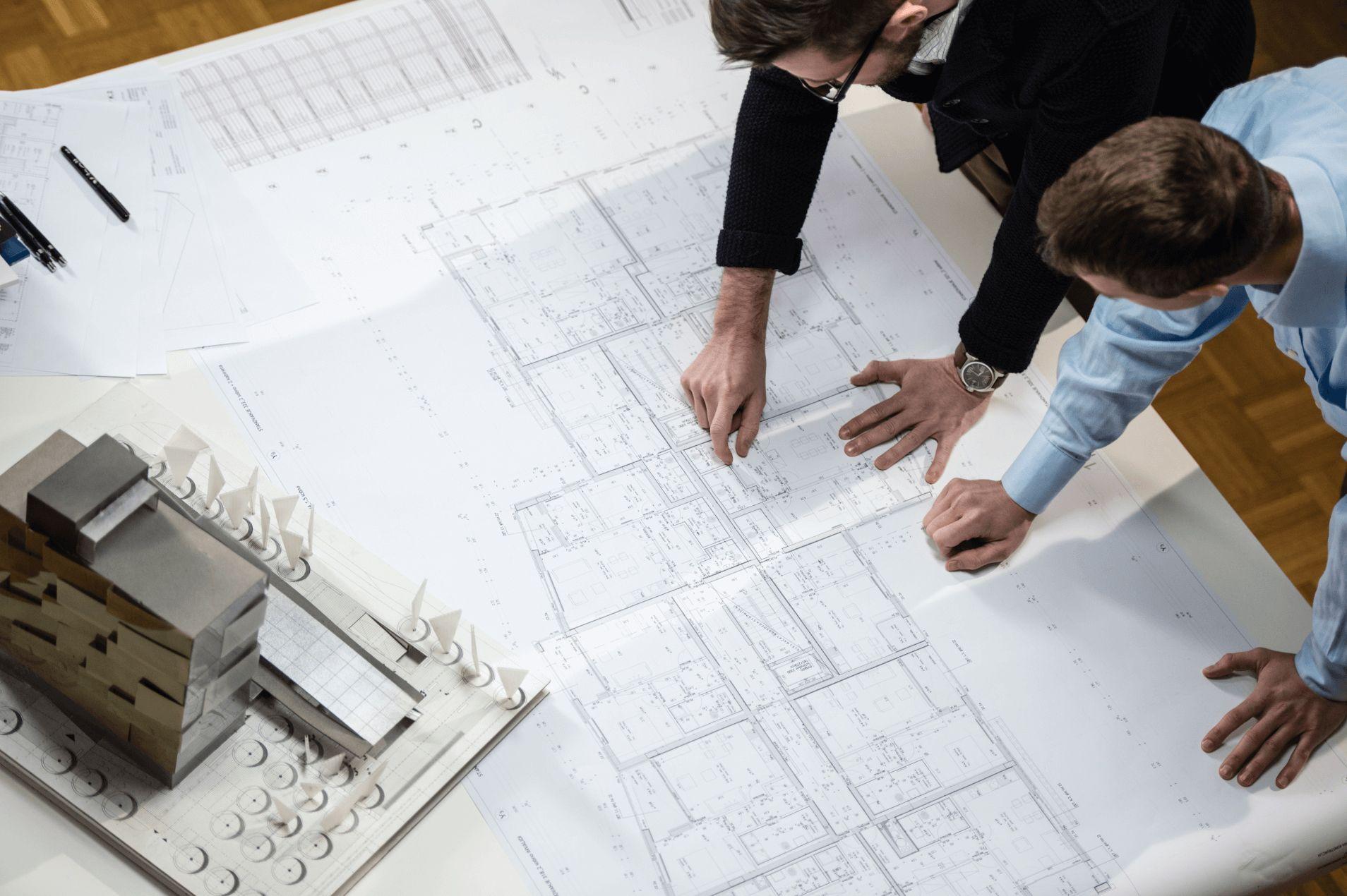 Caso de que el arquitecto vaya poco a la obra o peor: Que no aparezca nunca