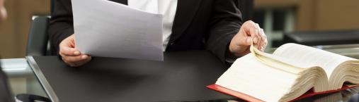 PLAZO PARA RECLAMAR LAS FACTURAS NO ABONADADAS POR SERVICIOS PROFESIONALES O SUMINISTROS